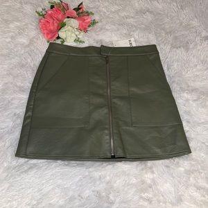 Bar III pleather skirt army green size 6